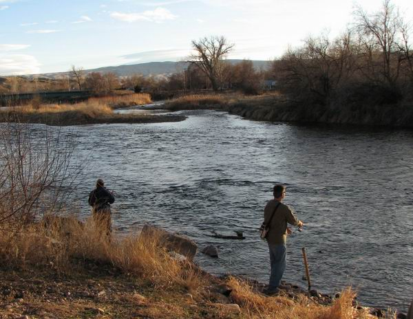 2007 BOW Club members enjoying themselves in